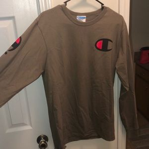 Tags just removed, champion long sleeve. S men's m